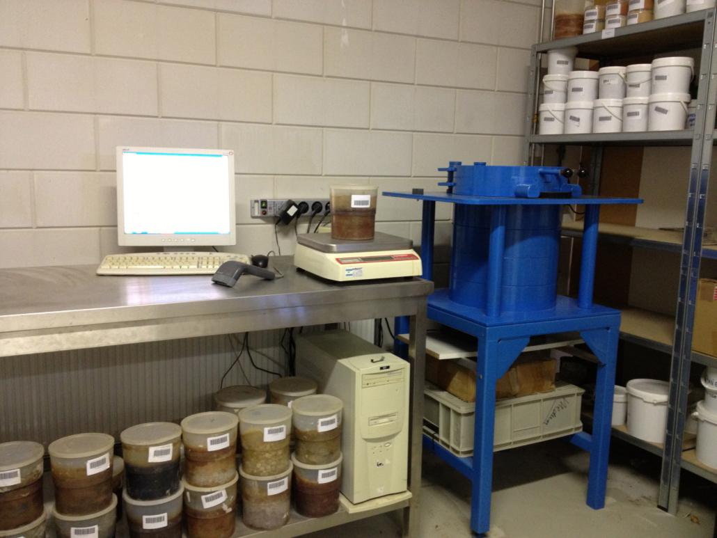 Measuring radionuclides on samples.