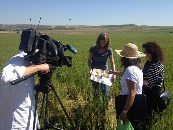 Interview voor TVE over de bodemscan in Illana